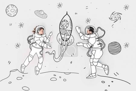 collage dessiné à la main créatif avec couple en costumes spatiaux et fusée