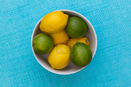 Lemon and lime in bowl