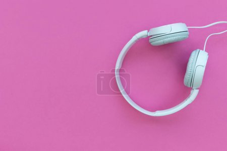 White music headphones