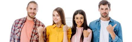 Photo pour Joyeux amis multiculturels pointant les doigts de côté isolé sur blanc, photo panoramique - image libre de droit