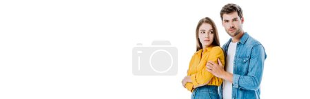 Photo pour Jeune couple stressé avec des difficultés relationnelles isolé sur blanc, photo panoramique - image libre de droit