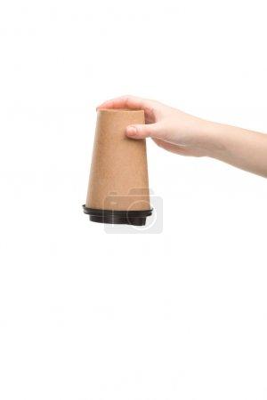 Photo pour Crochet vue d'une femme tenant une tasse de papier isolée sur blanc - image libre de droit
