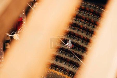 Photo pour Vue de dessus des constructions et amphithéâtre du cirque, mise au point sélective - image libre de droit