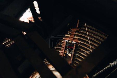 Photo pour Vue en grand angle des constructions et de l'amphithéâtre dans le cirque - image libre de droit