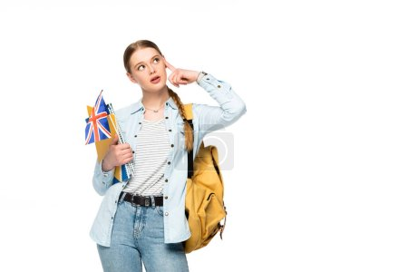 Photo pour Fille coûteuse avec sac à dos tenant des copybooks et drapeau britannique isolé sur blanc - image libre de droit
