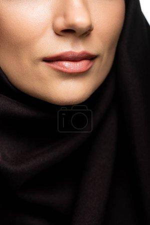 Photo pour Crochet vue de belle jeune femme musulmane lèvres isolées sur blanc - image libre de droit