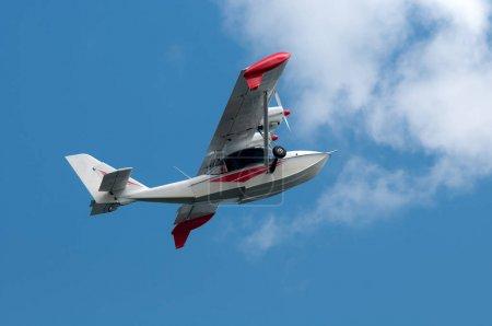 twin-engine light hydroplane