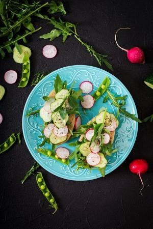 Vegetarian sandwiches with radish