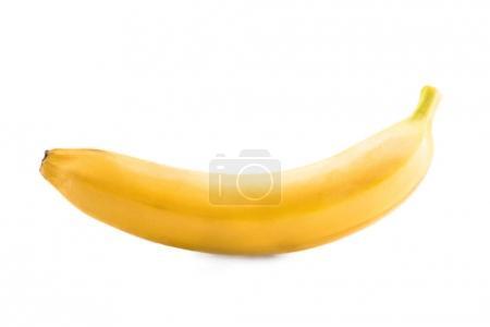 Foto de Cerrar vista de plátano maduro y fresco aislado en blanco - Imagen libre de derechos