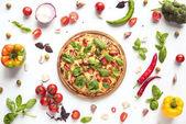 """Постер, картина, фотообои """"Итальянская пицца и ингредиенты"""""""