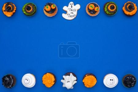 halloween cupcakes and cookie