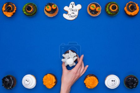 decorative halloween cupcakes