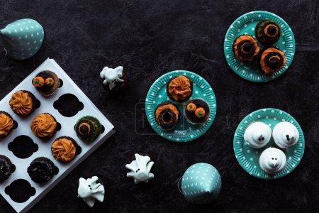Halloween cupcakes on plates