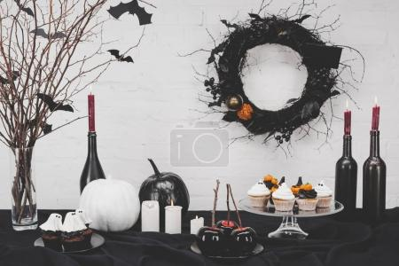halloween desserts and decorations