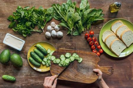 Woman preparing healthy breakfast