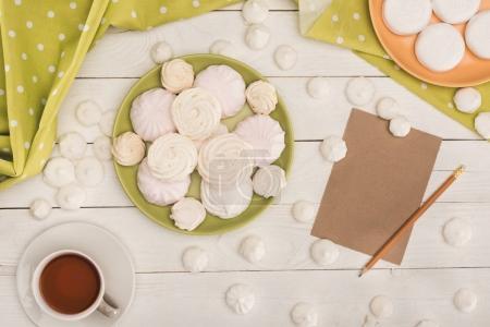 marshmallows, tea and card