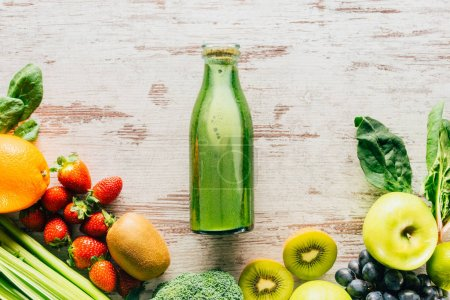 detox drink and organic food