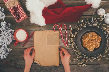 Blank card and santa hat