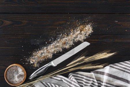 couteau et épillets