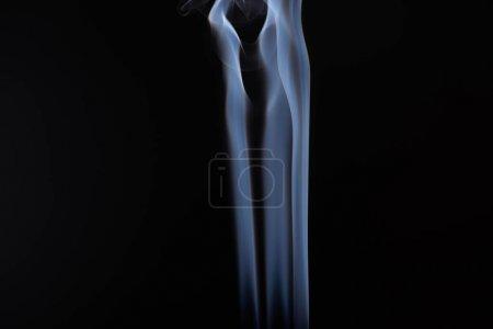 Photo pour Vapeur de fumée blanche sur fond noir avec espace de copie - image libre de droit