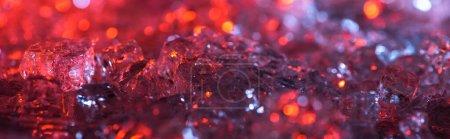 Photo pour Vue rapprochée du fond texturé abstrait en cristal rouge et violet, vue panoramique - image libre de droit