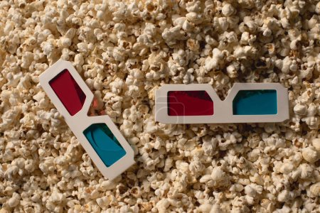 Popcorn with 3d glasses