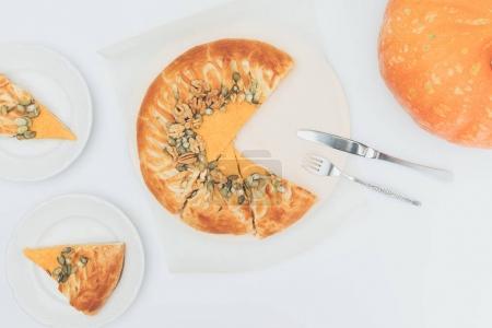 sliced pumkin pie