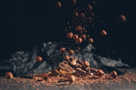 Falling nuts