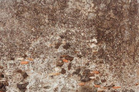 Photo pour Vue de dessus des rochers sur le sol à l'extérieur - image libre de droit