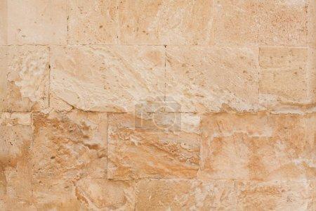 Foto de La pared teñida en la casa italiana en sicily. - Imagen libre de derechos