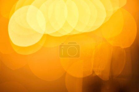 Foto de Festive abstract blurred background, bokeh of golden christmas lights - Imagen libre de derechos