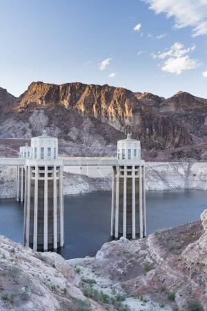 concrete arch-gravity hoover dam