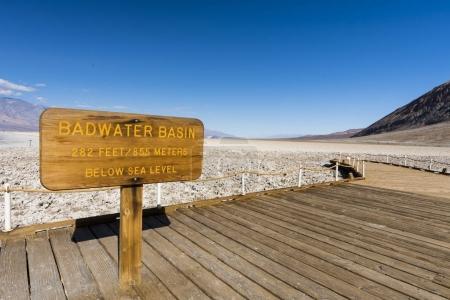 Photo pour Bassin de Badwater dans le parc national de death valley - image libre de droit