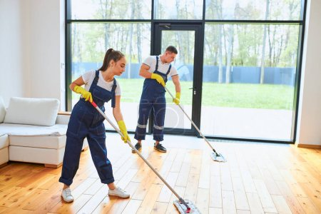 Team job cleaning service