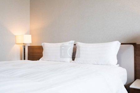 bedding sheet and pillows