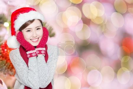 beauty woman smiling  happily