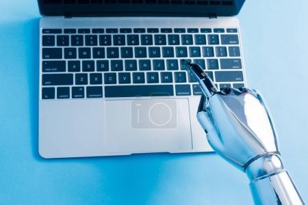 robot hand using  notebook