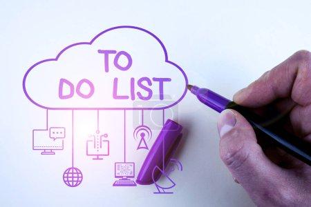 Photo pour Rédiger une note montrant la liste de tâches à accomplir. Concept d'entreprise pour Une structure que l'on fait habituellement en papier tâche continuante de votre propre - image libre de droit