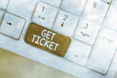 Photo pour Word writing text Get Ticket. Présentation de photos d'affaires pour avoir du papier imprimé qui permet l'entrée à un événement ou pour montrer un clavier PC blanc avec papier à notes vides au-dessus de l'arrière-plan blanc espace de copie clé - image libre de droit