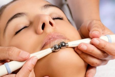 woman having galvanic treatment