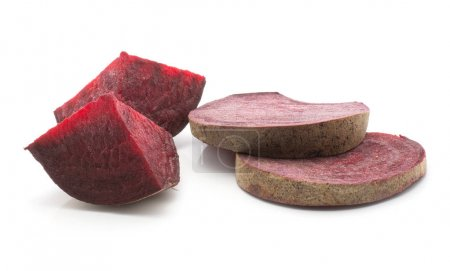 Sliced beetroot set (raw red beet) two sliced rings and two pieces isolated on white backgroun