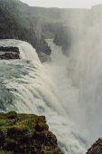 """Постер, картина, фотообои """"красивые величественные живописный пейзаж с водопадом в Исландии"""""""