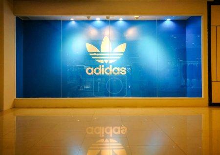 Adidas Originals Symbol Display Show