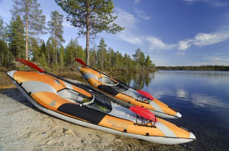 Two kayaks on the shore of Lake Femund, Femundsmarka National Park, Femundsmark, Norway, Scandinavia, Europe