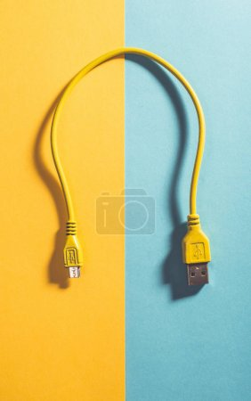 USB cable painted unicolour