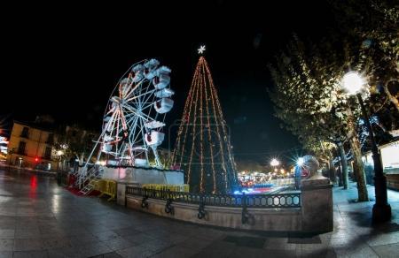 Ferris wheel and merry-go-round scenario