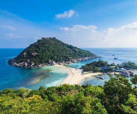 Photo pour Point de vue depuis le sommet de l'île de NangYuan et Tao à Suratthani - image libre de droit