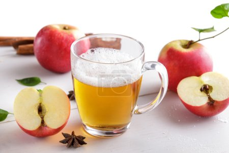 Hard apple cider ready to drink