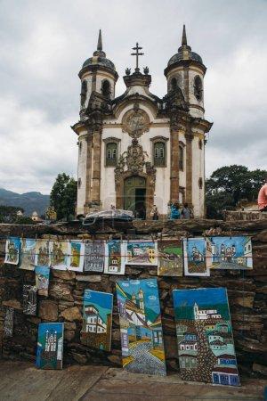 """Photo pour L """"église Saint François d'Assise construite par Aleijadinho en 1766 est une église catholique Rococo à Ouro Preto, Minas Gerais, Brésil - image libre de droit"""