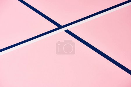 Foto de Patrón rosa con líneas abstractas azul y blanco - Imagen libre de derechos